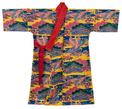 松竹梅の紅型衣裳