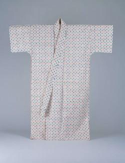 三つ巴紋の紅型衣裳/琉球漆器の様々な技法